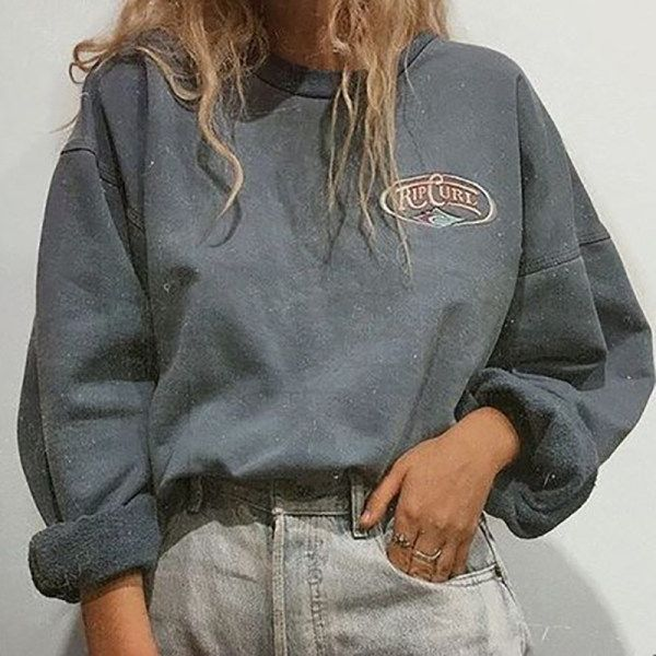 Photo of Leisure Round Collar Long-Sleeved Sweatshirt – hellolooks.com