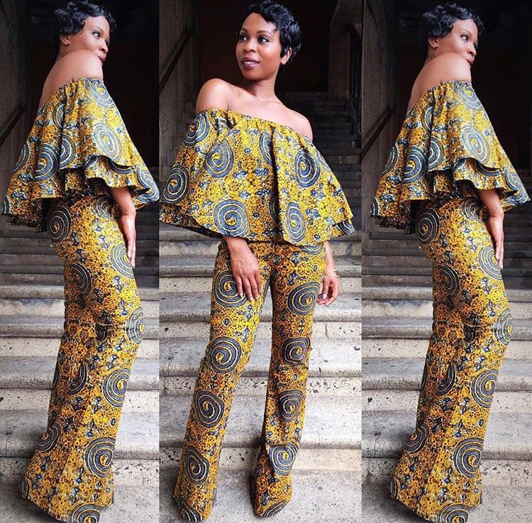 5d021d66bf6 African women traditional …