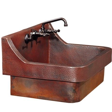Seamless hand-hammered copper kitchen sink design by @ThompsonTraders  http://ow.ly/RorS3094GWJ #CopperOnModenus #Kitchendesign