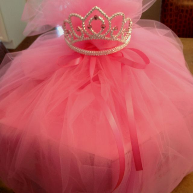 Baby Shower Gifts Wrapping Ideas ~ Baby shower wrapping for girl bumbo seat my style