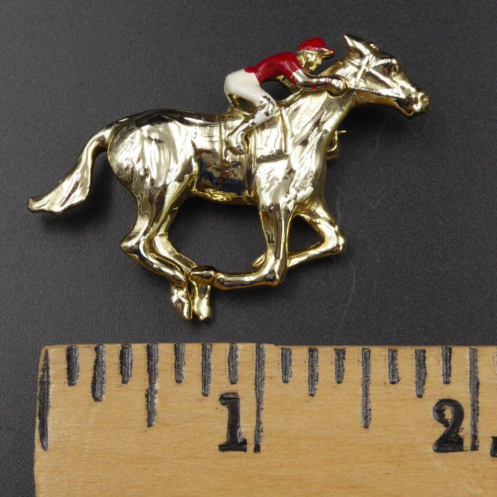 kitsch chic antique piece gold cup vintage british goldtone horse racing horses tie clip