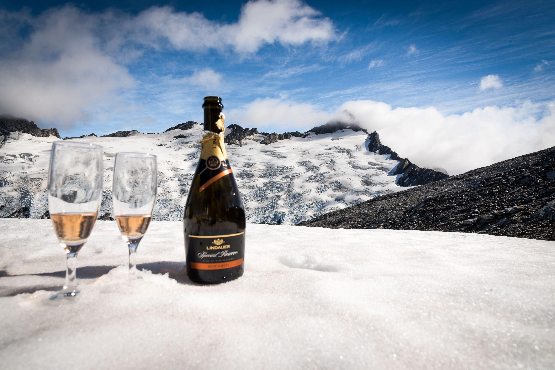 Вино на снегу картинки