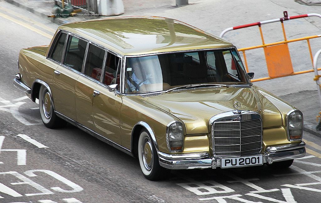 mercedes benz 600 pullman elvis had one too in gold. Black Bedroom Furniture Sets. Home Design Ideas
