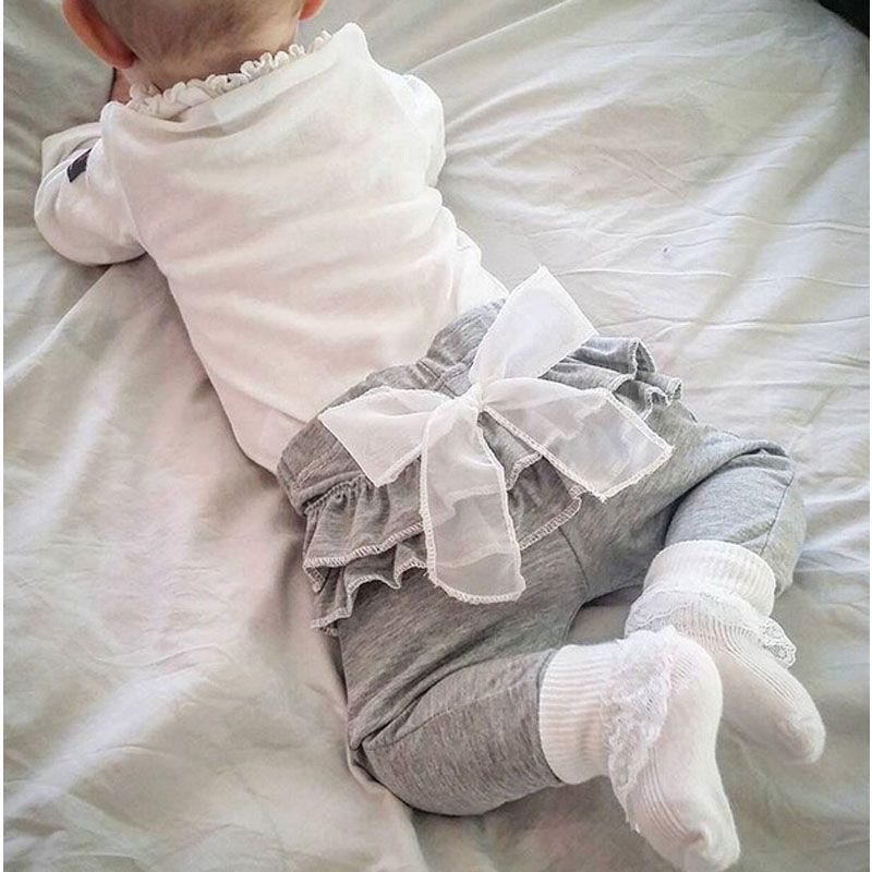2016 봄과 가을 새로운 아이 아기 의류 흰색 쉬폰 큰 활 회색 아기 바지 바지 0-2 세 아기 소녀 레깅스