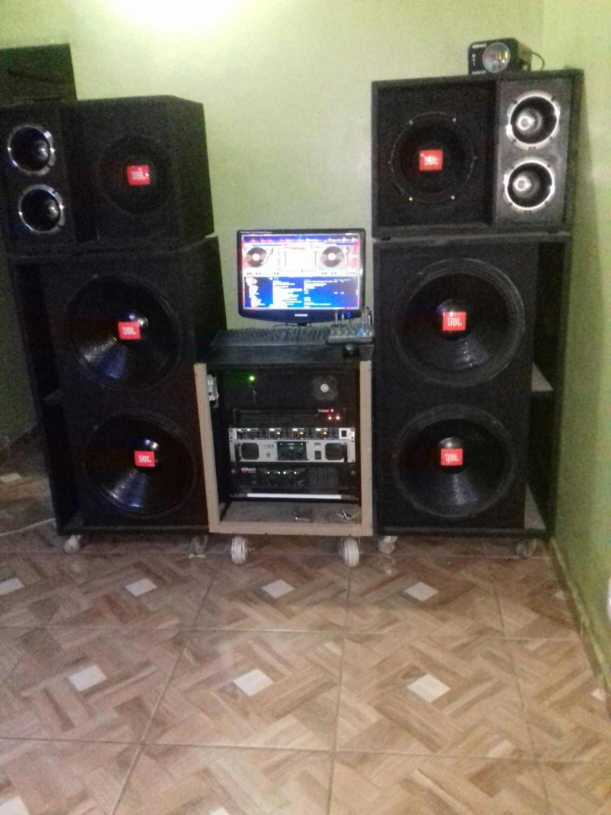 Som Profissional Em Casa Amplificadores Pinterest Tda2052 Active Audio System Circuit Electronic Project