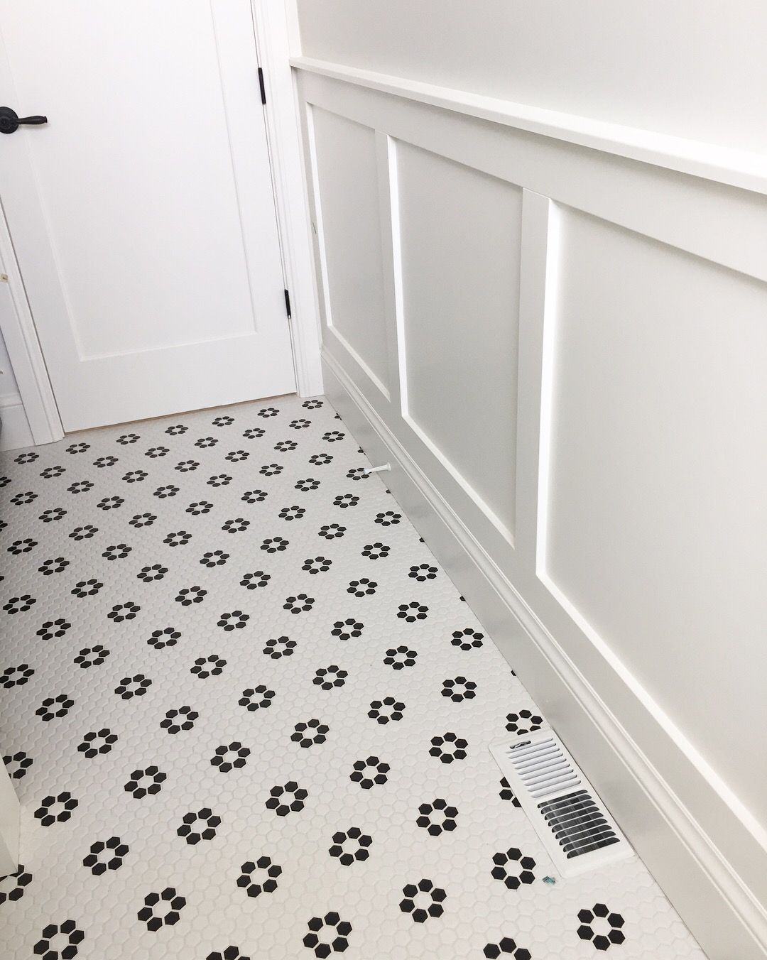 Black And White Hex Tile Floors And Wainscoting Bathroomvanitymakeup Black And White Tiles Bathroom Vintage Bathroom Tile White Tile Bathroom Floor