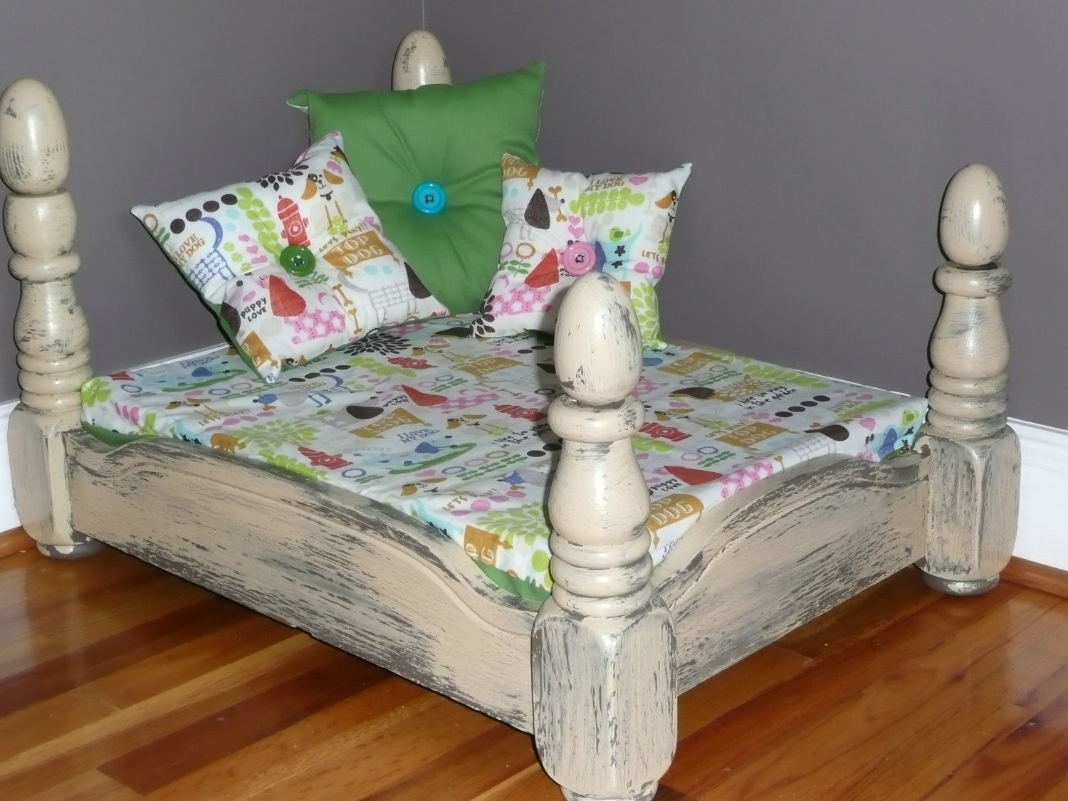 Best Four Poster Slumber With Images Dog Bed Bed Shabby Chic 640 x 480