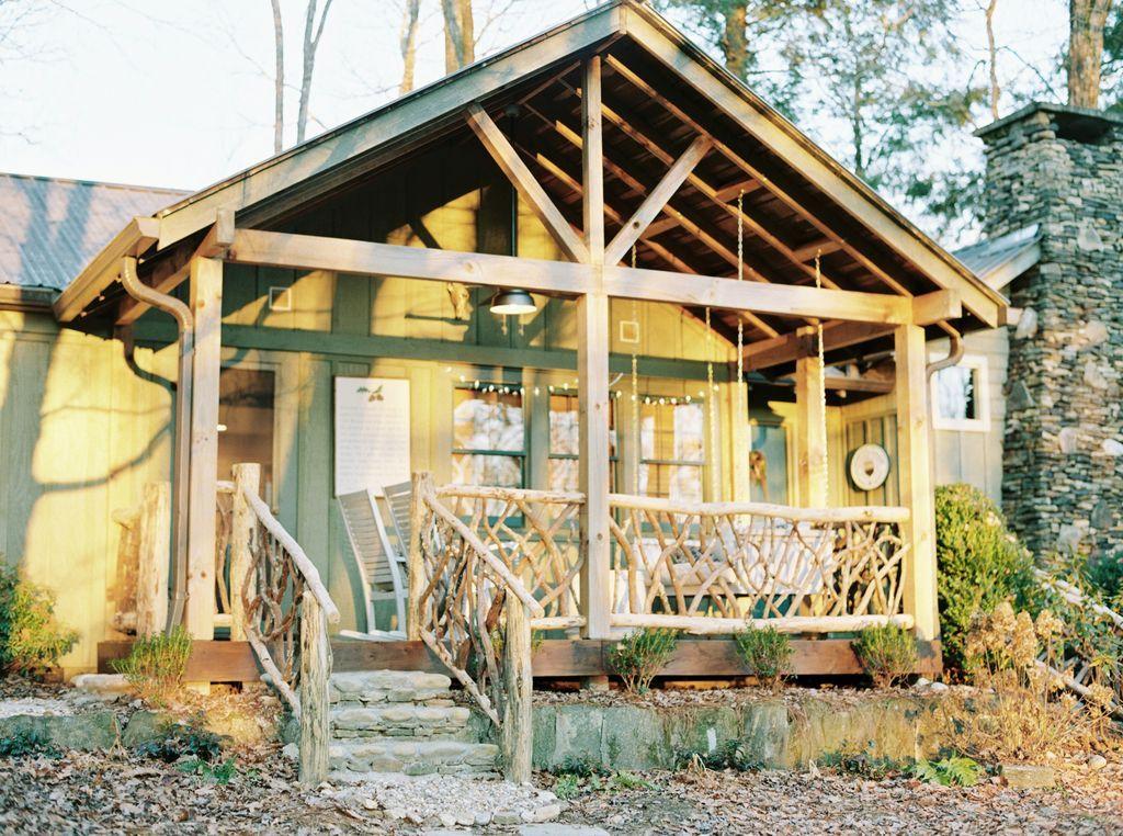 En La Ciudad Conveniente Recientemente Remodelado De Lujo Y Acogedor Highlands Fall Cottage Nc Vacation Rentals Vacation