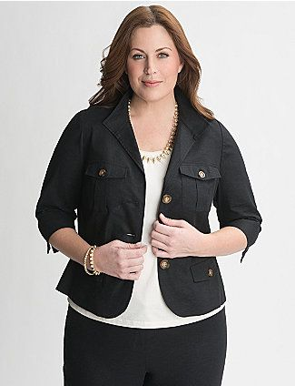 Sleek & stylish safari jacket feels fresh for the season in cool linen. Always-flattering structure pulls together your look with contoured seams to make the most of your curves. Three-button closure, pointed collar and 3/4 sleeves, plus four flapped pockets complete the look. Fab for casual layering.