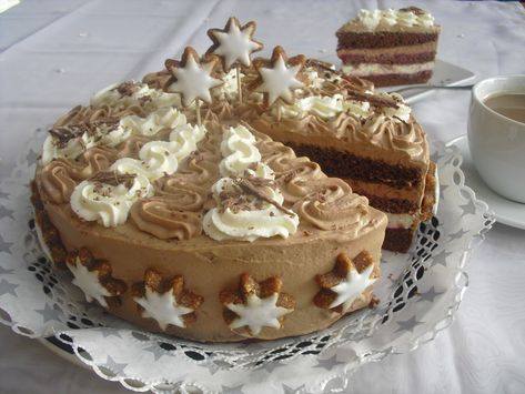 Photo of Chocolate Cinnamon Star Cake by holunderbluete67 | Chef