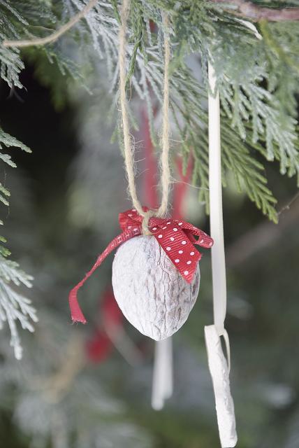 Christbaumschmuck selber basteln am weihnachtsbaume pinterest christbaumschmuck basteln - Weihnachtsdekoration basteln mit kindern ...