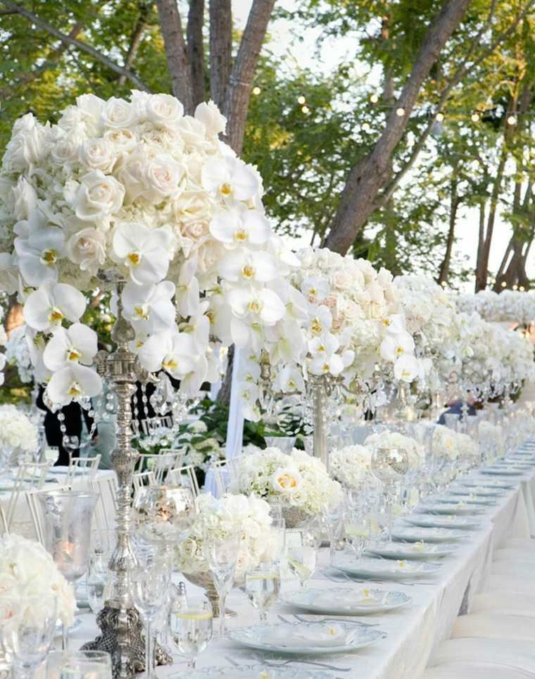 D co table mariage 45 compositions florales pour l 39 t centre wedding and snowy wedding - Deco mariage dans un jardin orleans ...