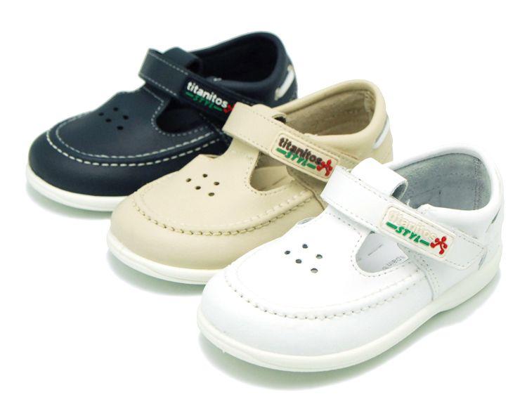 Tienda online de calzado infantil Okaaspain. Náutico tipo sandalia de piel  lavable con velcro para 32407fa1b24