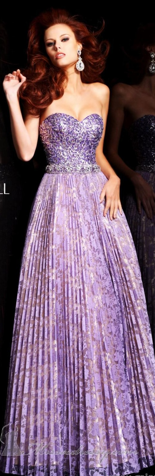 Sherri Hill couture ~ that lilac purple is a great color!