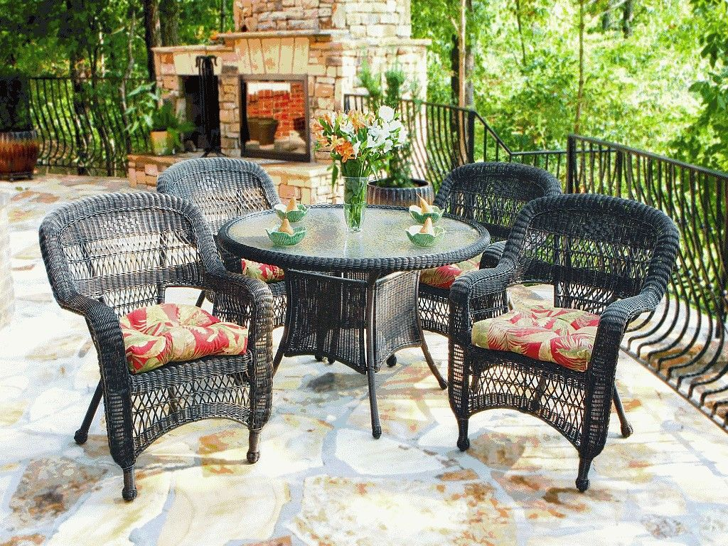 Unique Rattan Patio Family with Fireplace and Marble Floor ...