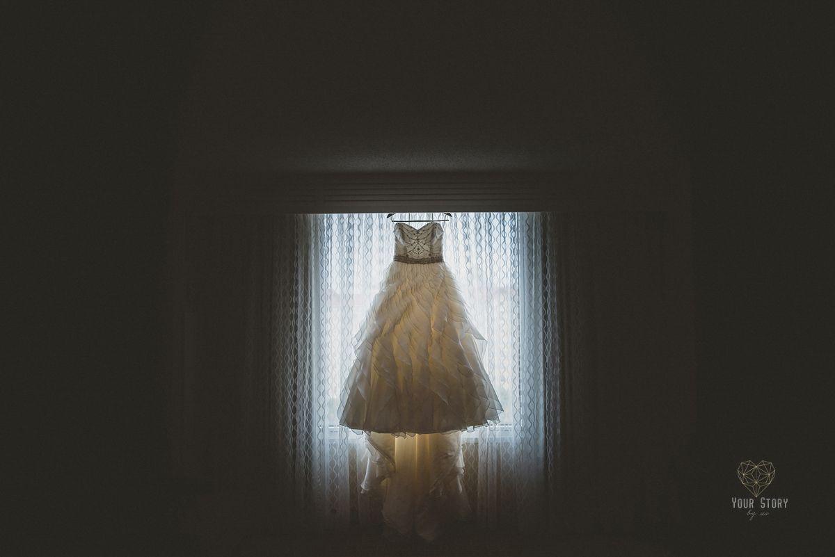 Jovana & Heath's Aquarium Wedding