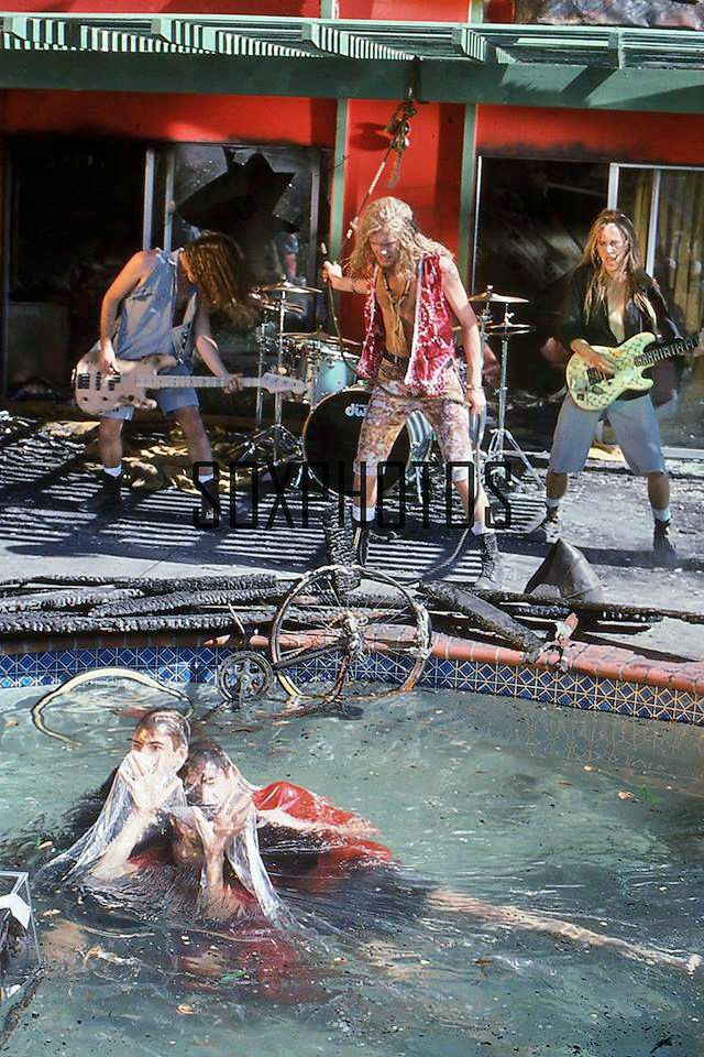 Alice In Chains We Die Young Video Shoot Alice In Chains Girl