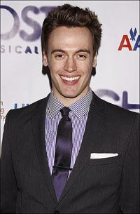 Shazam! Erich Bergen Is Hero in New Chicago Musical About the World of Comic Books