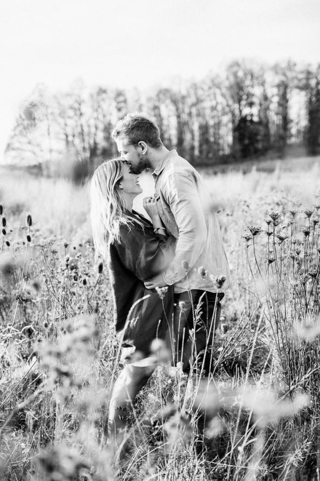 Hallo Ihr Lieben Gerade Sitze Ich In Schweden In Einem Wunderschonen Kleinen Hausschen Dass Gleich Engagement Shoots Love Photography Fishing Engagement Photos