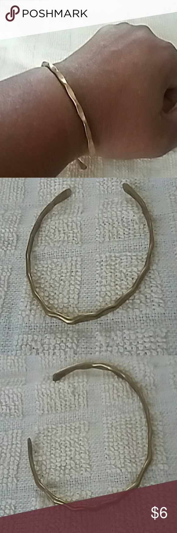 Hammered brass bangle Dainty hammered brass bangle has wavy pattern. Very good vintage condition 1970s but classic boho style! Jewelry Bracelets