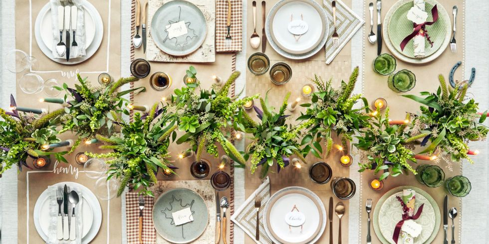 36 Elegant and Easy Thanksgiving Table Settings Your Thanksgiving table has never looked this beautiful. & landscape-1444243985-clx110115hshplacesettings-02-222222.jpg (980 ...