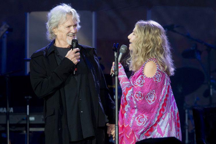 Barbra Streisand And Kris Kristofferson Duet Again In Surprise A