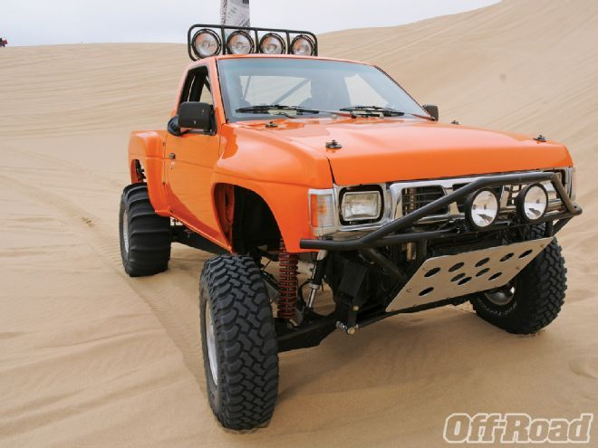 let s see some prerunner hbs infamous nissan hardbody