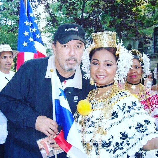 Dama de la Pollera con Pollera Rubén Blades #pollera #rubenblades #panama
