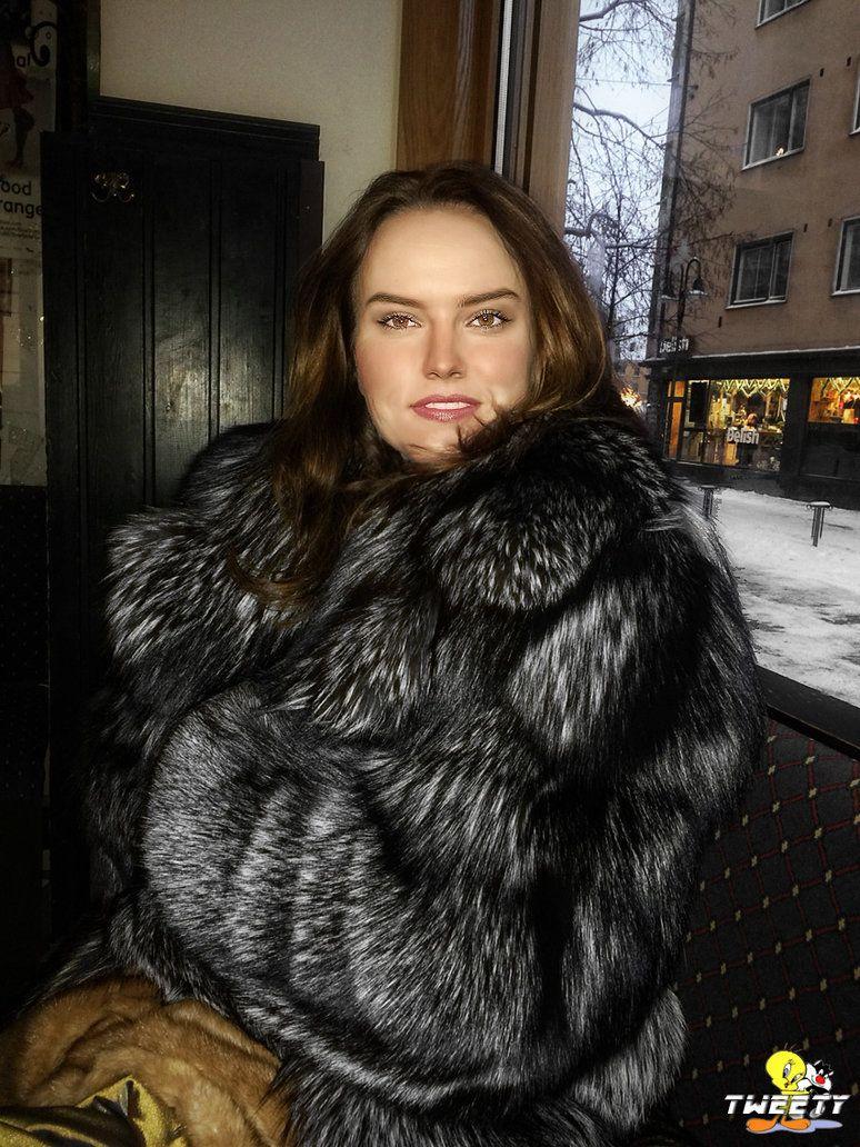 59b404178 Daisy Ridley in fox fur coat by Tweety63   Fur in 2019   Fox fur ...