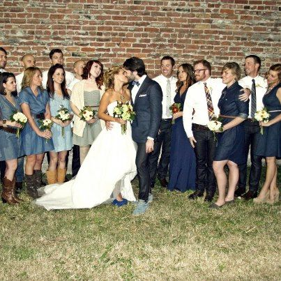 Marcie and Nick went for a denim-clad wedding party, and outfitted the groomsmen in Levi's jeans.         The groom chose Levi's® 511™ Skinny in Rigid.