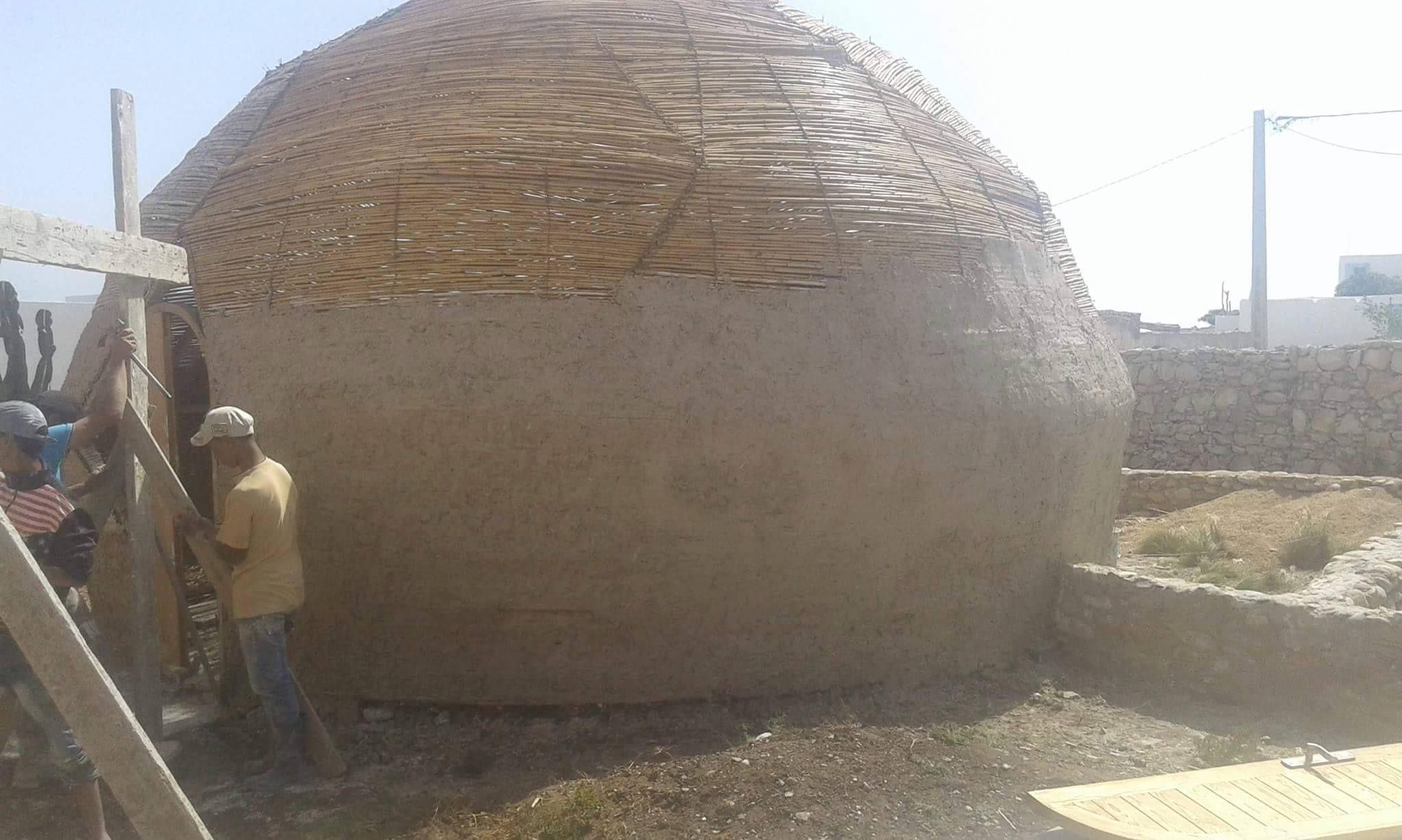Dome F3 Avec Structure Bois Connecteurs Paille Torchis