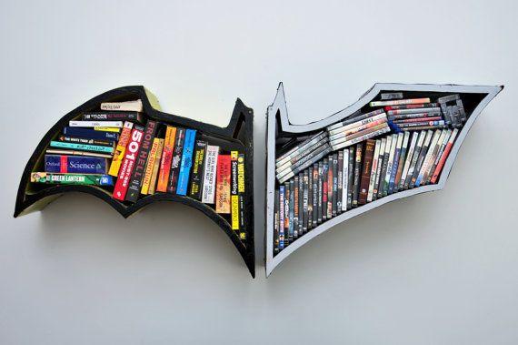 Estantería de libros de #Batman - Batman Bookshelves (VIA @Traci Puk Mcguire)  #Regalos #Frikis #Geek #Gifts