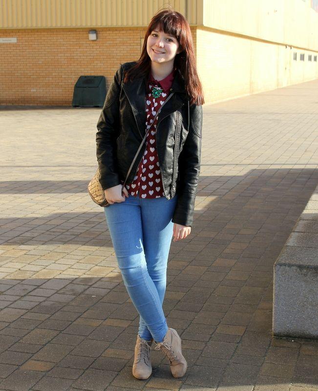UK fashion blogger. Persunmall heart print topshop burberry shirt dupe