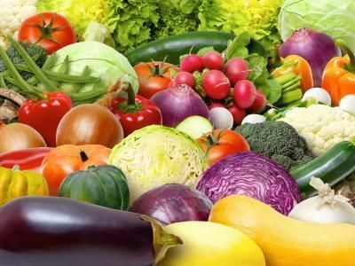 Vegetables Low-protein Vegetables | LIVESTRONG.COM - No peas, broccoli, kale, romaine or spinach to name a fewLow-protein Vegetables | LIVESTRONG.COM - No peas, broccoli, kale, romaine or spinach to name a few
