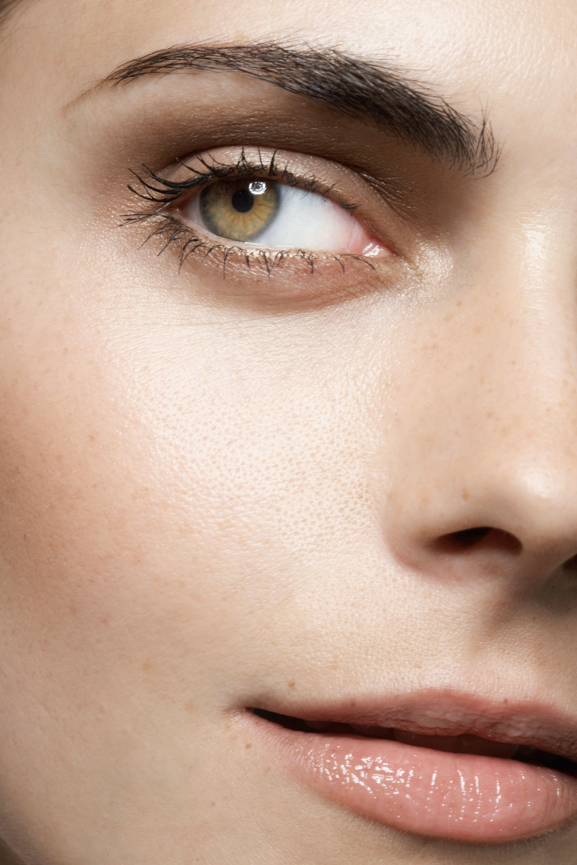 7 products that will actually shrink your pores