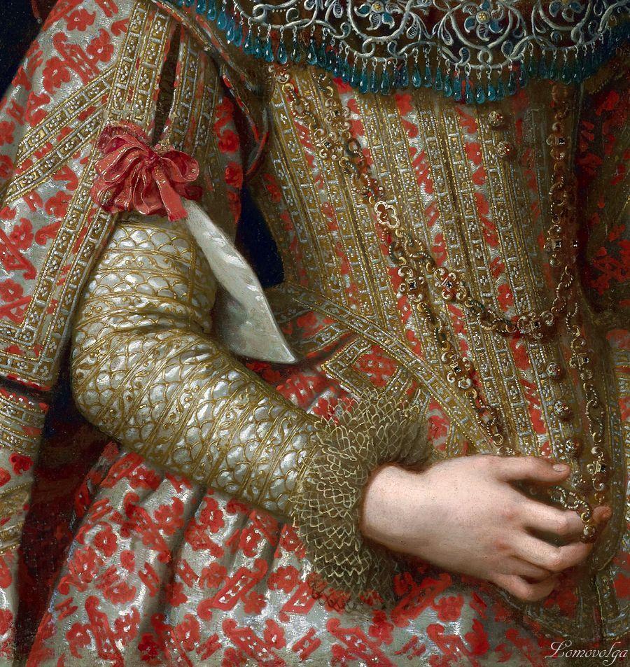 Margarita de Saboya, bodice detail.