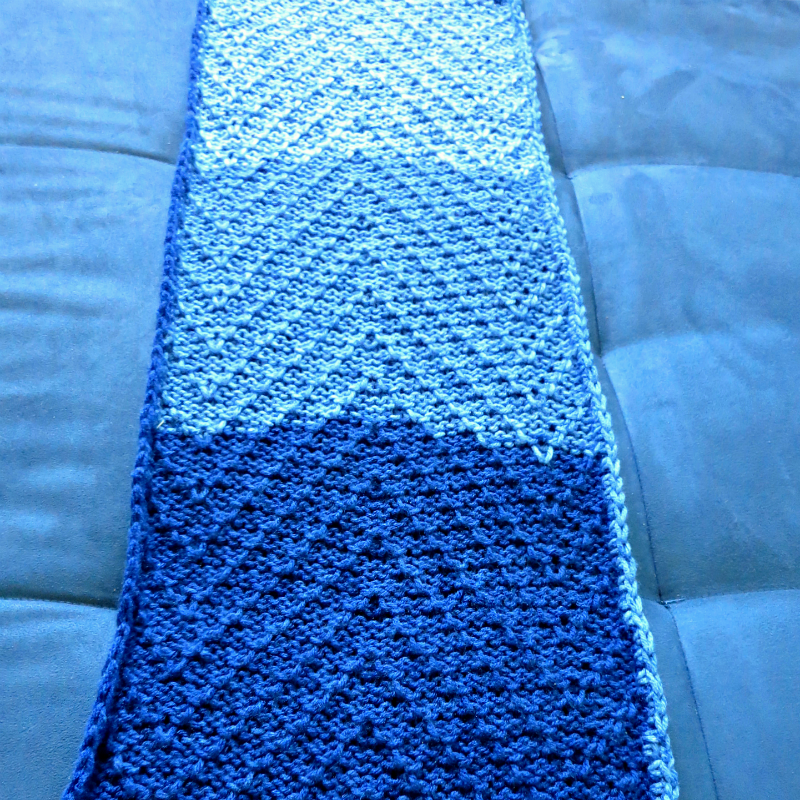 How to machine knit a Tuck stitch scarf with a punch card