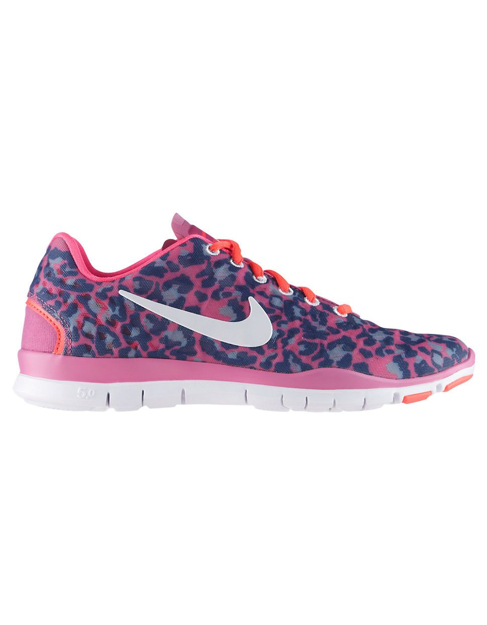 The perfect statement sneakers by  Nike  bfbc556ebc