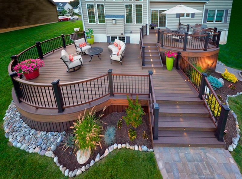 Two Level Deck With Curves Amazing Trex Deck Designs By Amazing