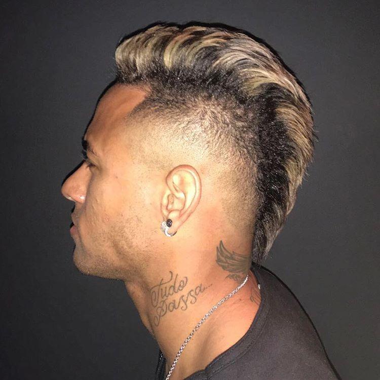 Neymar And His New Hairstyle Ney Pinterest Neymar And Neymar Jr
