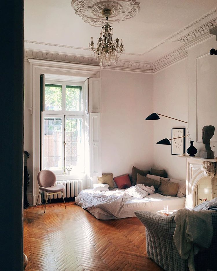 A Dreamy Parisian Style Apartment Home Decor Styles Appartment Decor Bedroom Design