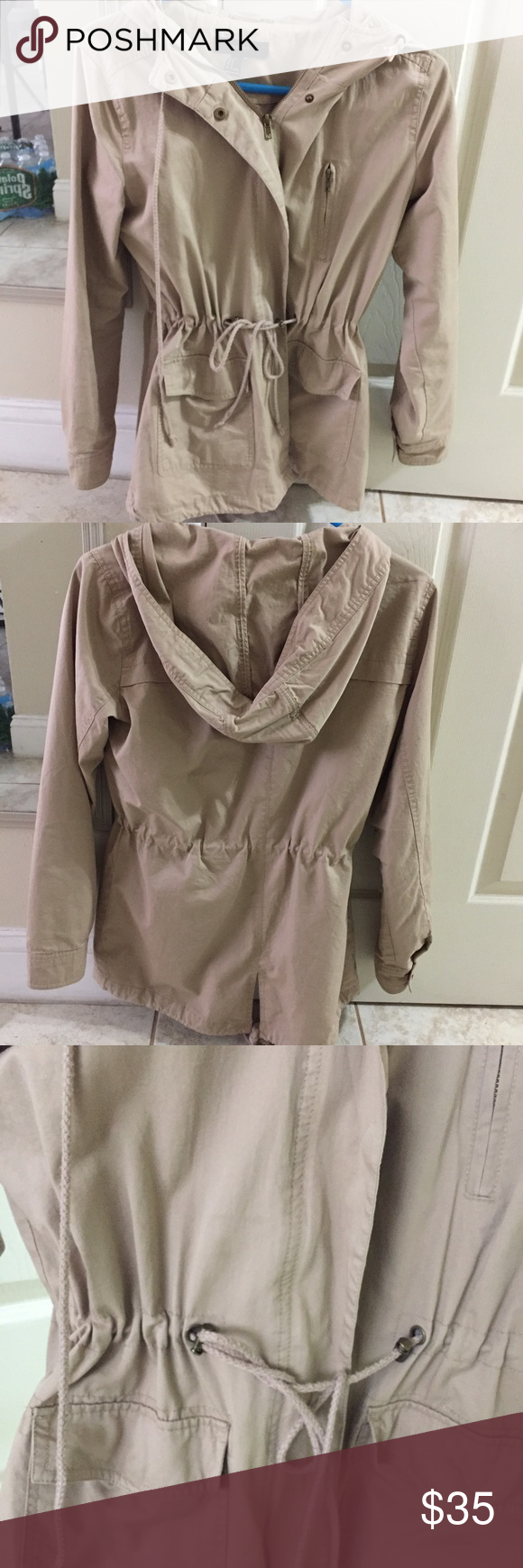 HOODED DRAWSTRING UTILITY JACKET Color: Khaki. Worn throughout last fall. Good condition Forever 21 Jackets & Coats Utility Jackets