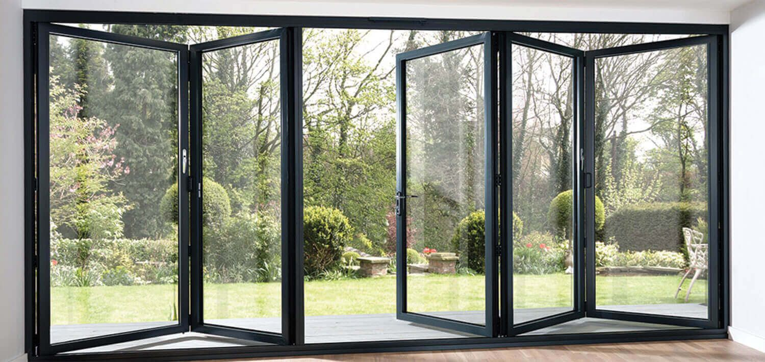Energy efficient aluminum bi fold doors for home for Kitchen door with window