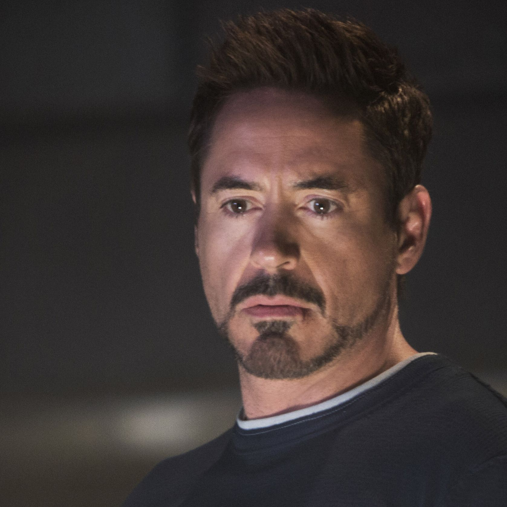 Iron Man Beard Style Downey Jr As Tony Stark In Iron Man 3
