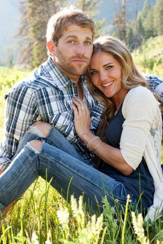 Engagement Photo Poses For Couples Part 2 | Wedding Forward