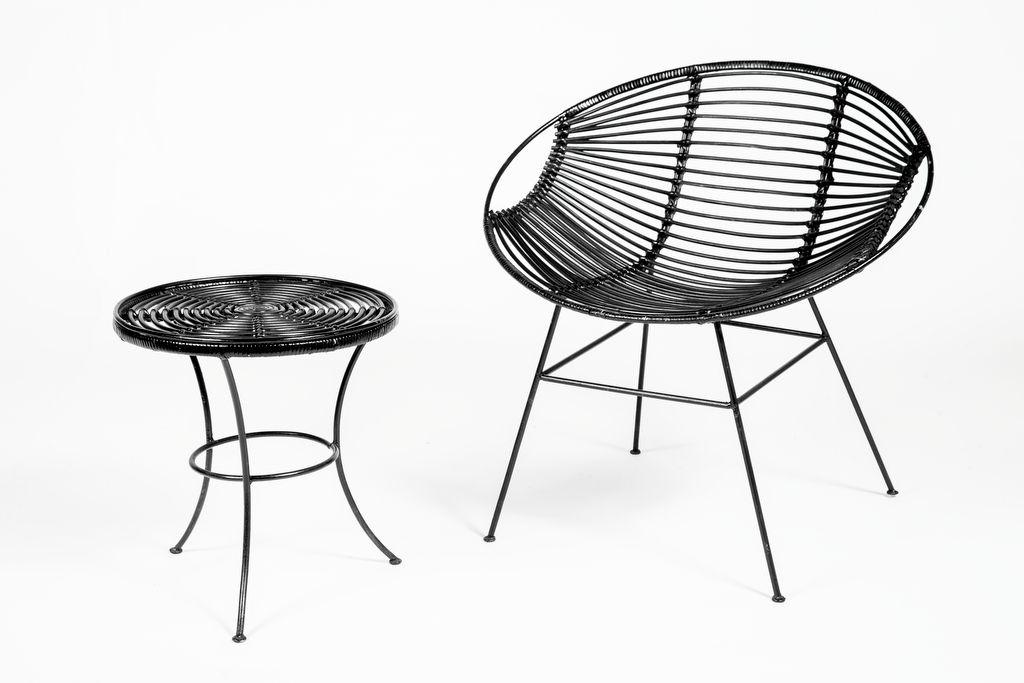 Stoel Rotan Wit : Rotan stoel met ijzeren onderstel en bijpassend tafeltje ook in