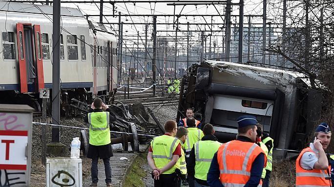 Incidente ferroviario in Belgio: un morto e 27 feriti | Euronews