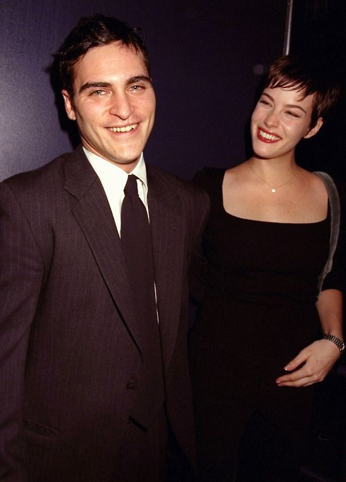 Joaquin Phoenix and Liv Tyler at the premiere of Clay Pigeons, 1998