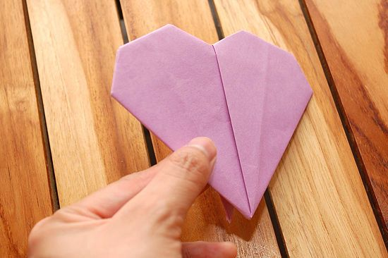 How to Fold a Paper Heart (with Pictures) - wikiHow | 366x550