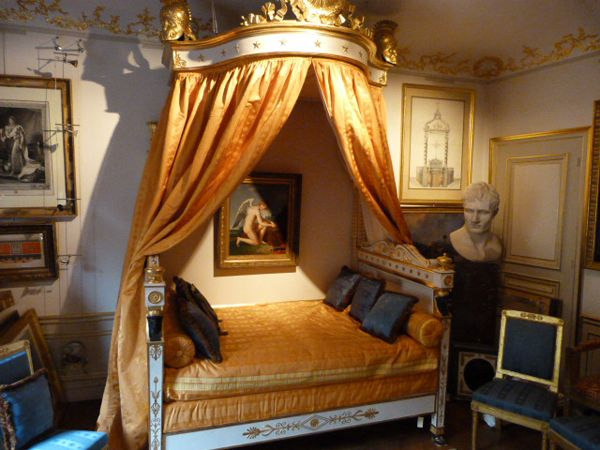 French empire style jerome s bed napoleon s brother for Empire style bed